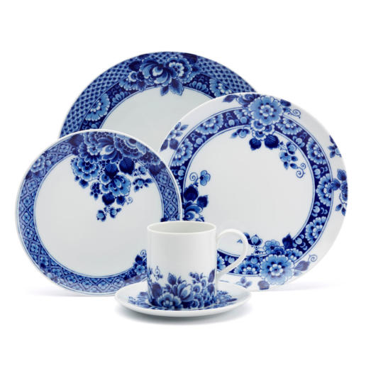 Vista Alegre Blue Ming Five Piece Place Setting
